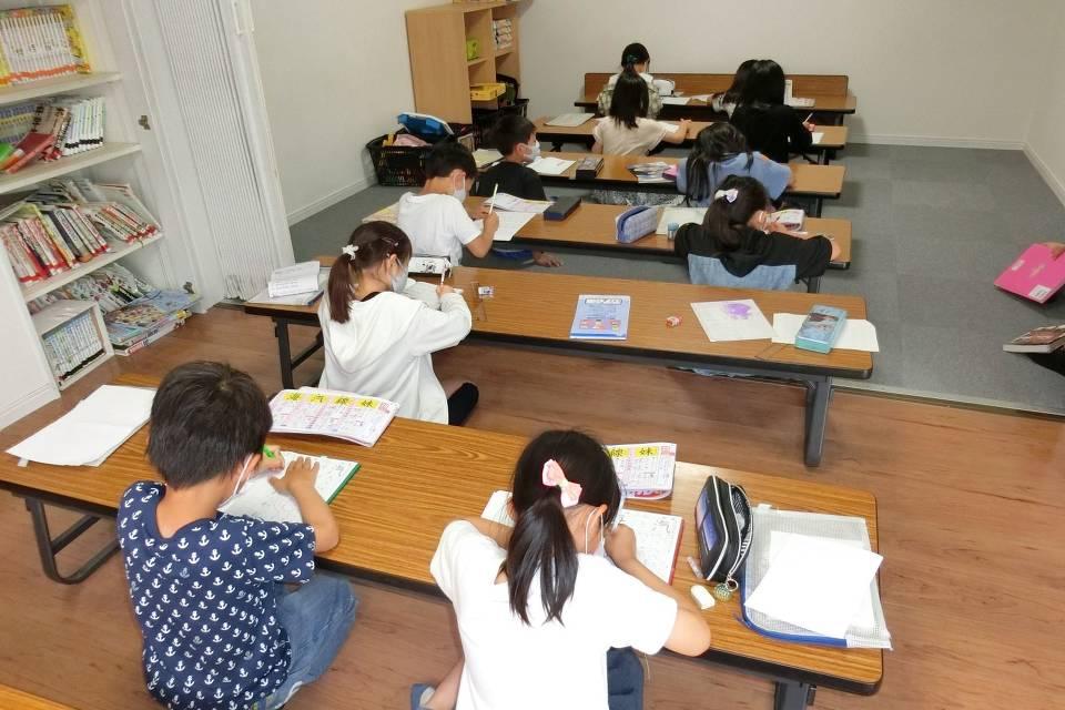 小学校 夏休み 三重